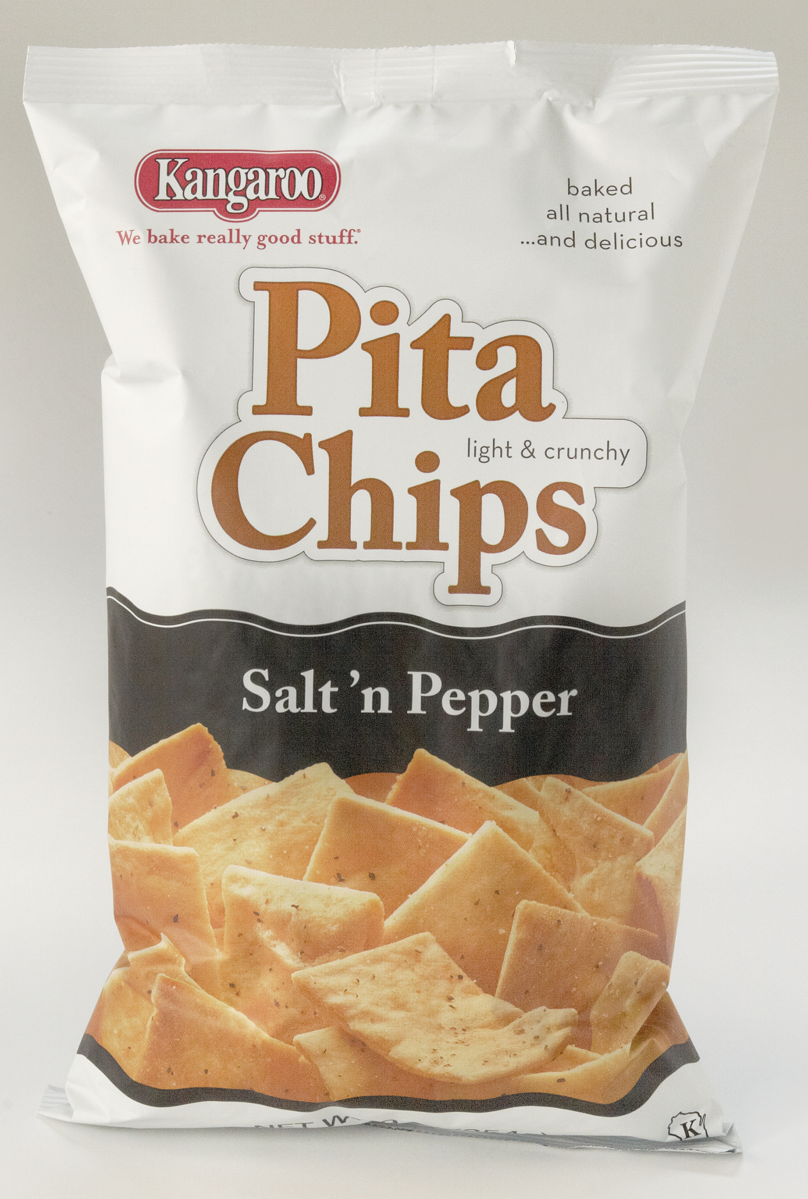KANGAROO Salt And Pepper Pita Chips