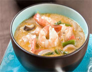 COCONUT CURRY SOUP WITH SHRIMP AND VEGETABLES