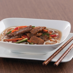 FIVE SPICE BEEF PEPPER STEAK NOODLE BOWL